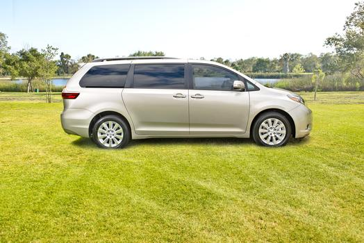 2016 Toyota Sienna minivan